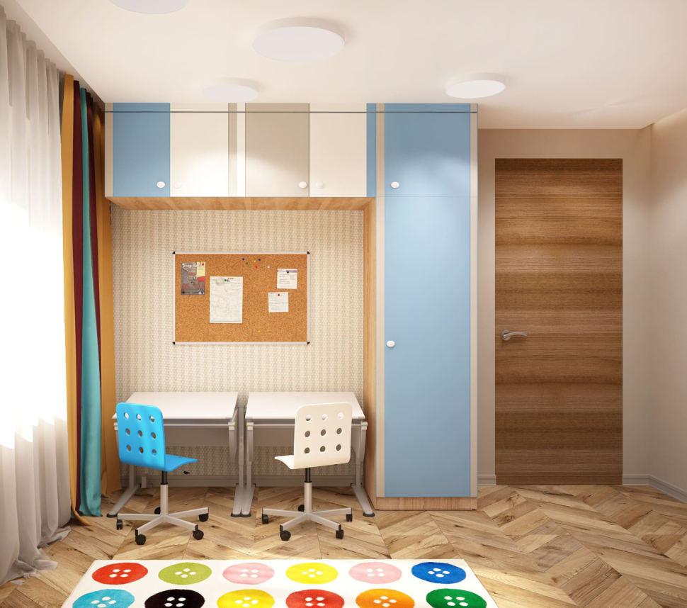 Проект детской комнаты в теплых тонах 15 кв.м, голубой шкаф, полки, рабочий стол, стулья, ковер