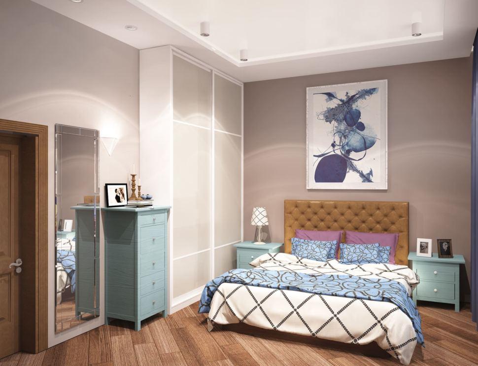 Визуализация гостевой комнаты 20 кв.м в теплых тонах, зеркало, комод, кровать, голубые прикроватные тумбочки, шкаф