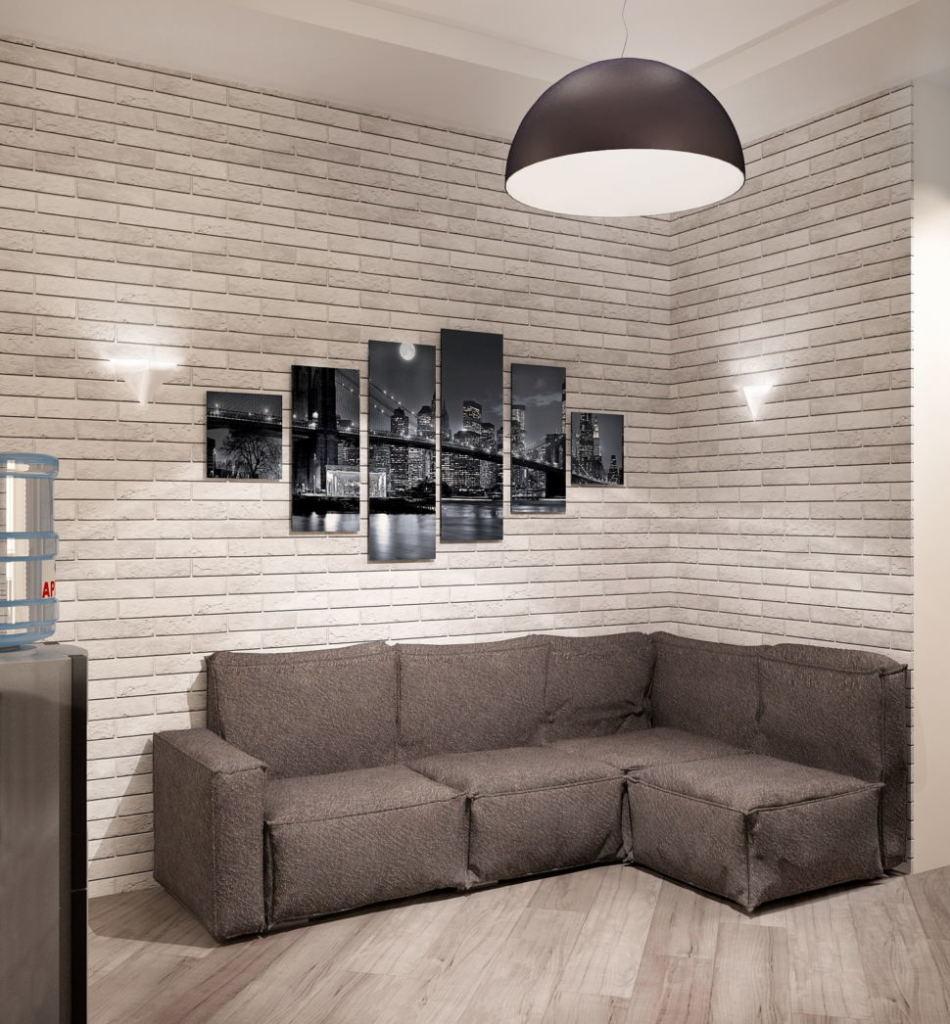 Визуализация кухни- гостиной 16 кв.м в светлых тонах с акцентами, серый диван, картина, декор, кирпич, подвесная люстра, бежевая пвх плитка