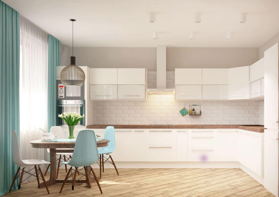 Дизайн кухни 13 кв.м в песочных тонах с бирюзовыми оттенками, кухонный гарнитур, портьеры, обеденная группа белого цвета, светильники