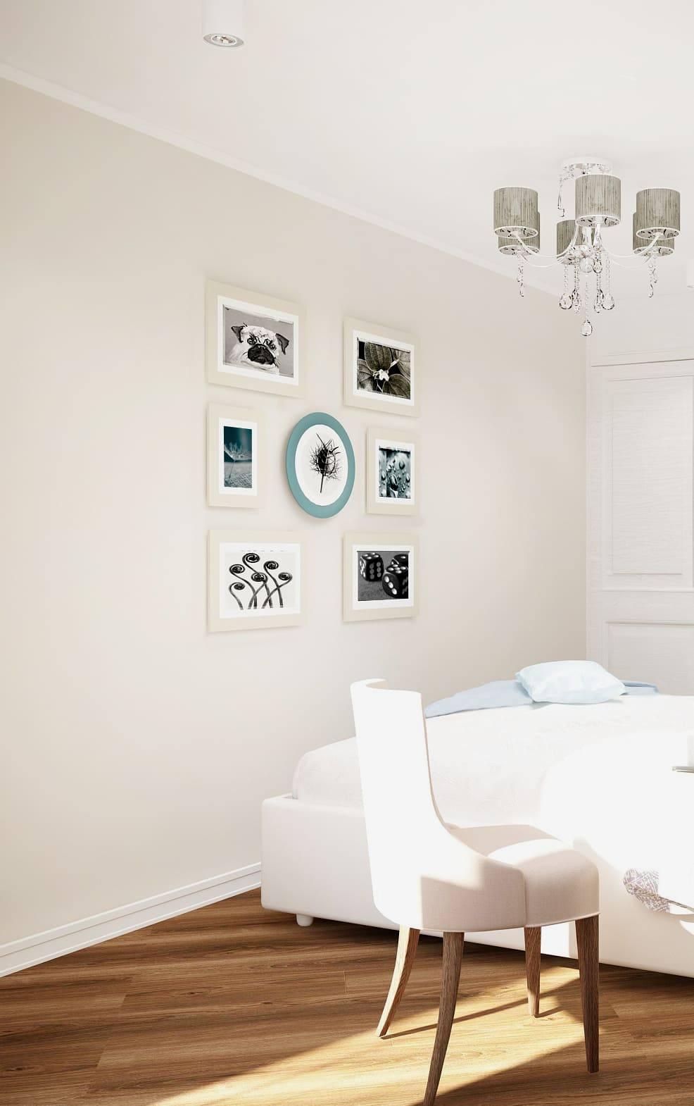 Интерьер спальни 12 кв.м в белых и бежевых тонах, белый стул, белая кровать, коричневый паркет, люстра