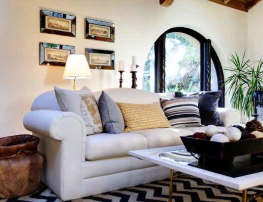 Фото 83 - Красивые и стильные подушки оживляют интерьер, а также не отрываются от общего стилевого решения [36]