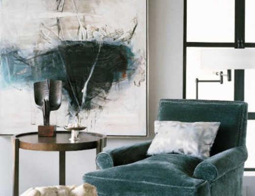 Фото 57 - Дизайнерское зеленое кресло красиво сочетается с декором комнаты [19]