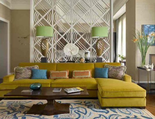 Фото 72  - Яркий диван центрирует внимание комнаты и гармонично сочетается с голубыми акцентами [7]
